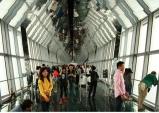 [중국] 상하이...초고속 엘리베이터로 492미터 정상에 오르다