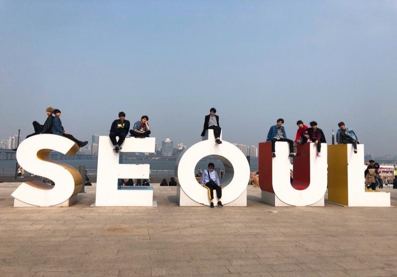 일본 남자고교생 미스터콘테스트 수상자 10명 서울 홍보