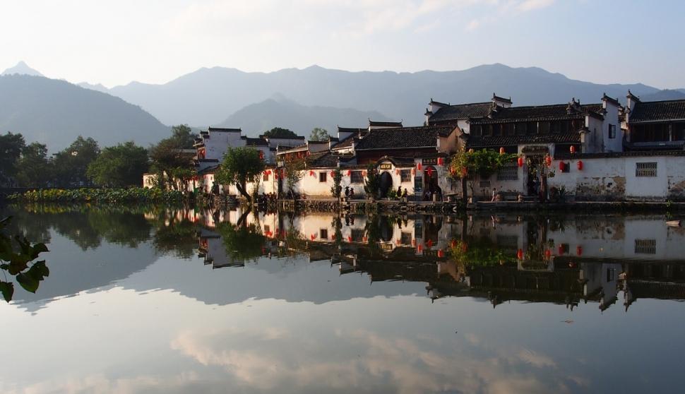 [최치선의 포토에세이] 와호장룡의 촬영지 홍춘에서 본 풍경