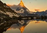 [스위스] 체르마트의 무공해 청청 일출과 일몰...고르너그라트에서 바라본 일출