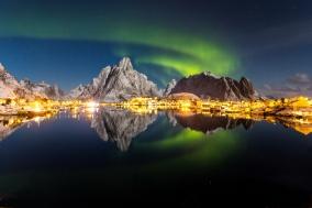 [노르웨이] 로포텐 제도, 밤바다 위에서 춤추는 오로라를 즐기자