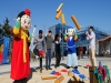 케이블카 타고  전통혼례와 민속놀이도 즐기자