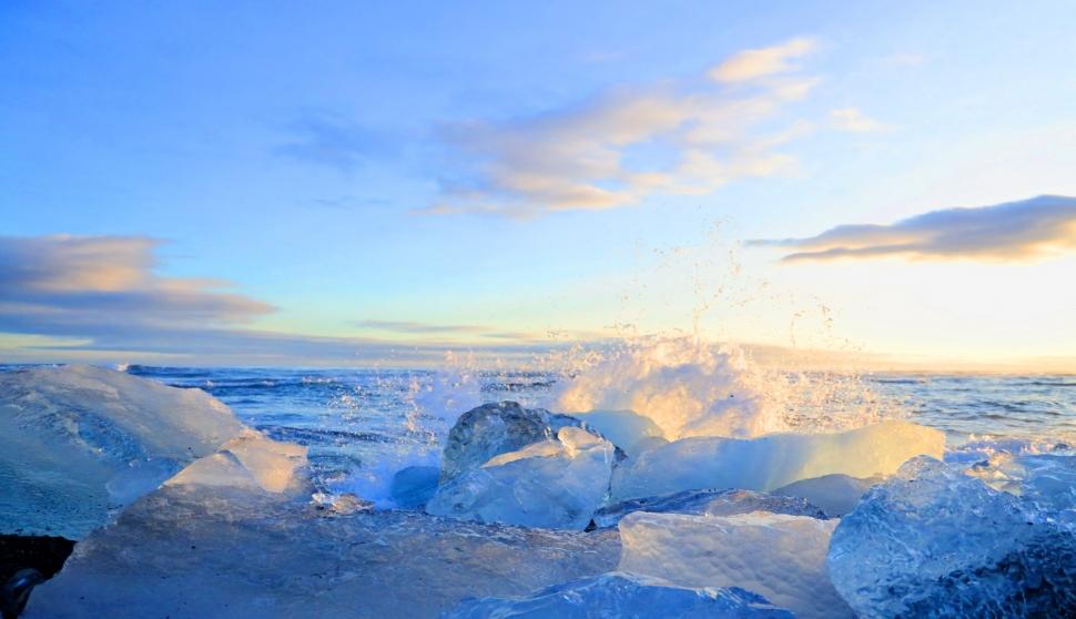 [최치선의 포토에세이]아이슬란드...우주의 탄생을 노래하는 다이아몬드 비치
